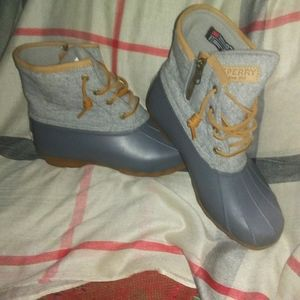 NWOT Sperry Duck Boots